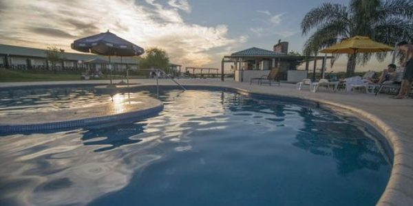 Atardecer  Los Naranjos Resort y Spa-Termal