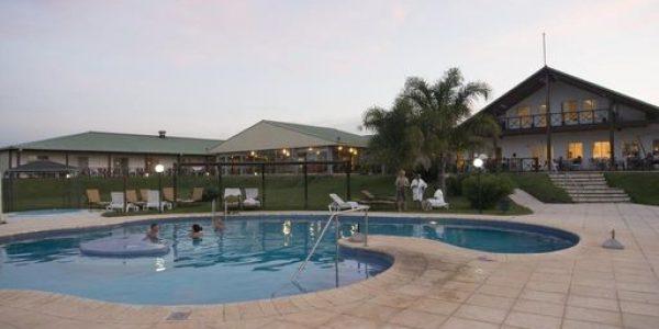 Piscina y Atardecer  Los Naranjos Resort y Spa-Termal