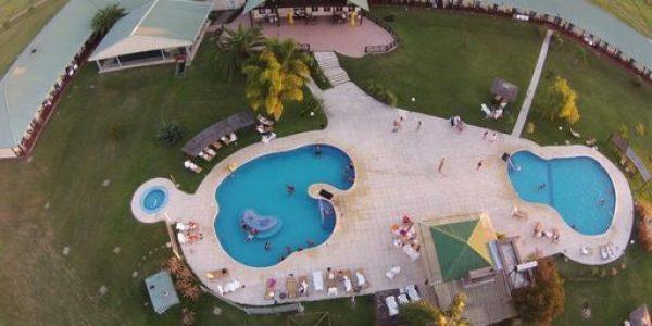 Vista Aerea Piscina Los Naranjos Resort y Spa-Termal